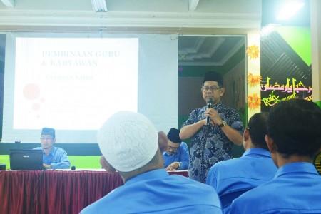Pembinaan Guru dan Karyawan Yayasan Yabis
